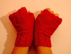 FREE SHIPPING Red mittens with hearts Hand knitted by RedGreenShop