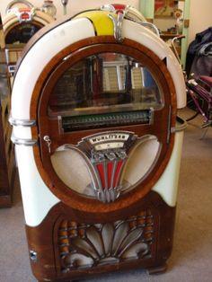 Wurlitzer 750 jukebox music vintage coinop