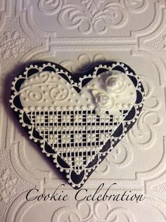 Black and White Heart | Cookie Connection