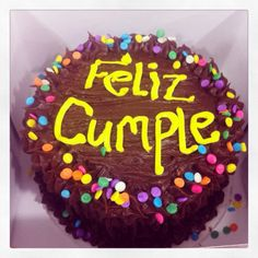 Feliz Cumpleaños y Feliz Tarde para nuestros seguidores! Tortas y Cupcakes Artesanales. #sosweet #pasteleríaartesanal #bogotá #cupcakes #tortas Tortas en Bogotá #cupcakesenbogotá