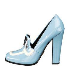 Prada Mocassino alto in vernice azzurro cielo Cielo, Miradas De Invierno,  Moda Francesa, aed618cf9f