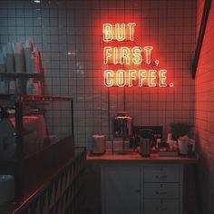 ☕️ @uo_losangeles #mondays #coffee #urbanoutfitters