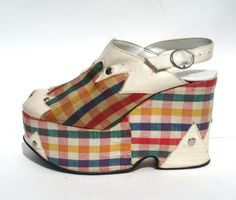size 6.5 / 1970s Italian plaid and white leather spectator platforms