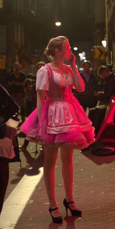Jodie Comer, Smart Outfit, Kpop, Ohana, Celebrity Crush, Pretty People, Business Women, Love Fashion, Flower Girl Dresses