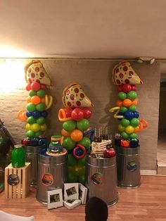 Ninja turtle party balloon columns with the trash cans if available Ninja Turtle Birthday Cake, Turtle Birthday Parties, 5th Birthday, Birthday Ideas, Ninja Party, Ninja Turtle Party, Ninja Turtles, Kids Party Themes, Party Ideas