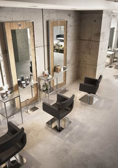 best salon decor hairdressing for inspiration to maximize existing place Salon Stations, Hair Stations, Hair Salon Interior, Design Salon, Beauty Salon Decor, Best Salon, Luxury Beauty, Beauty Bar, Hairdresser