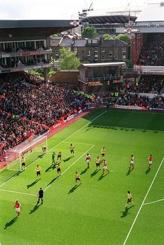 Inch Print (other products available) - Arsenal Liverpool. - Image supplied by Arsenal Football Club - Inch Photograph printed in the UK Arsenal Fc, Arsenal Stadium, Arsenal Football, Soccer Stadium, Football Stadiums, College Basketball, Soccer Skills, Soccer Tips, Soccer Art