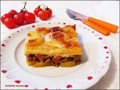 Musaca de cartofi cu carne amestec Lasagna, Ethnic Recipes, Food, Essen, Meals, Yemek, Lasagne, Eten