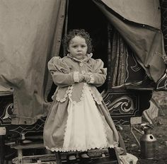 Joseph-Philippe Bevillard. Little girl traveller (Irish gypsy)-Little Ballinasloe, Galway, Ireland 2011