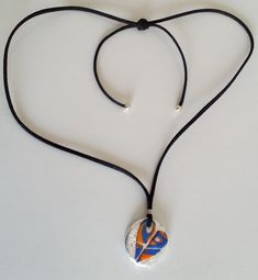 """Halskette """"broken heart"""" Halsschmuck Jewelry Shop, Washer Necklace, Gifts, Fashion, Heart Broken, Special Gifts, Great Gifts, Heart, Necklaces"""
