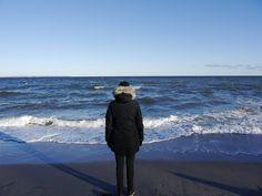 Das Leben ist ein Meer an Möglichkeiten. Welches Leben wählst du? (Foto von Perlentauchen) Life Coaching, Raincoat, Winter Jackets, Pictures, Diving, Life, Rain Jacket, Winter Coats, Winter Vest Outfits