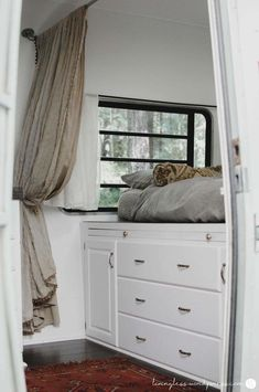 1833 Desirable Glamping images in 2019 | Camper trailers, Motor