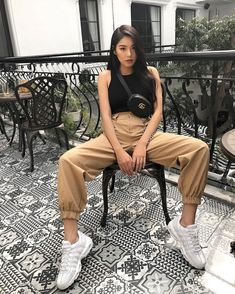 💙 Look at that outfit! 💙 How many stars would you rate it? Rate fashion and get feedback on your style from all over the world 🌎 The Cute Casual Outfits, Girl Outfits, Summer Outfits, Fashion Outfits, Mode Streetwear, Streetwear Fashion, Look Fashion, Girl Fashion, Korean Street Fashion