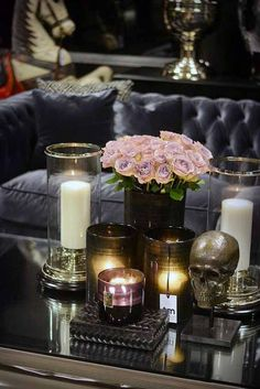 10 Ideas for Glam Halloween Decor. Elegant, yet simple ideas that you can do yourself and won't break your budget. Step up your party game!