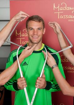 Manuel Neuer wax replica will be available in Madam Tussauds Berlin soon, adding its collection of famous football icons along with Jürgen Klinsman and Mesut Özil