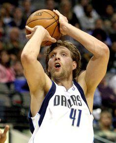 Dirk Nowitzki-Dallas Mavericks