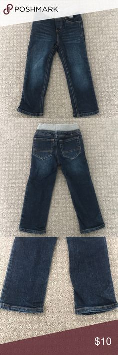 Cat & Jack Boys toddler jeans Cat & Jack Straight Leg Toddler boy jeans. Elastic waist with No wear on bottom of pants. Worn a few times.  Offers accepted  Bundle & Save cat & Jack Bottoms Jeans