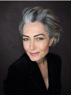 Grey Hair And Glasses, Short Hair Cuts, Short Hair Styles, Silver Ombre Hair, Bob Haircut Curly, Grey Hair Inspiration, Morning Hair, Haircut And Color, Ageless Beauty
