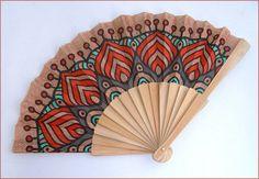 Cashemere/indian pattern wood fan Éventail bois brut