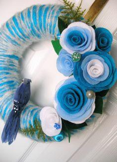 Felt yarn wreath - pretty Love the roses. ~<3K8<3~