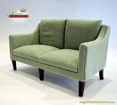 Regent Miniatures Classic Sofa