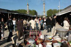 FOIRE DE PRINTEMPS A LA BROCANTE. Du 25 avril au 11 mai 2014 à BORDEAUX, place des Quinconces. Deux fois par an, la place des Quinconces est investie par d'étranges baraquements hors d'âge. En même temps, les amateurs apprécieront la Foire aux jambons et la Foire des horticulteurs.