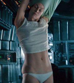 """Sigourney Weaver as Ellen Ripley in """"Alien"""" directed by Ridley Scott. Alien 1979, Alien Film, James Cameron, David Fincher, Alien Ripley, Science Fiction, Aliens Movie, Actor Studio, Ridley Scott"""