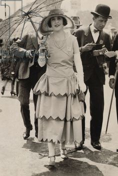 1925 Royal Ascot - A day out at Ascot Racecourse is very special and dressing for the occasion is an important part of the raceday experience.
