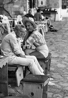 Melina e Jules Die A, Cinema Theatre, Greek Islands, Good People, Old School, Greece, Couple Photos, Instagram Posts, Movies