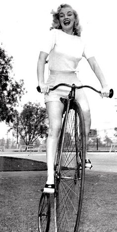 BicycleFriends.com: Marilyn Monroe