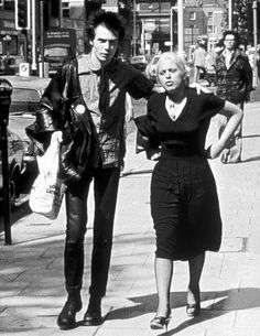 Sid & Nancy 1977    Unusual picture of Nancy.