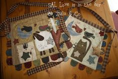 SAL: Love is in the air, by Zulu and Co Zulu, Colchas Country, Country Quilts, Primitive Quilts, Primitive Crafts, Small Quilts, Mini Quilts, First Sewing Projects, Sampler Quilts