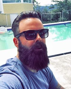 Riley - @Icecoldpints  Go visit beardedlifestyle.net to get featured  #BeardStyle #Bearded #Lifestyle #Beardstyle