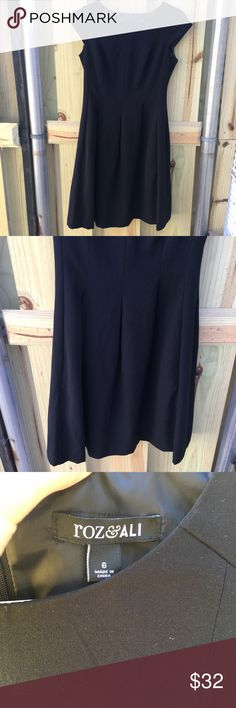 🆕 Roz & Ali High Quality Pleated Work Dress Sz 6 Beautiful work dress that is extremely flattering classic look. Size 6. Roz & Ali Shoes Flats & Loafers