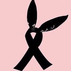 Pray for Manchester black ribbon tribute to innocent Ariana Grande fans killed in Manchester attack | Metro News