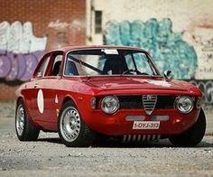 Alfa Romeo Alfa Bertone, Alfa Gta, Alfa Romeo Gta, Ferrari, Maserati, Retro Cars, Vintage Cars, Alfa Romeo Junior, Alfa Cars