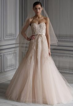 New, sample and used Monique Lhuillier wedding dresses for sale at amazing prices. Browse our Monique Lhuillier wedding gowns and find your dream dress for less! Used Wedding Dresses, Wedding Dress Sizes, Expensive Wedding Dress, Bridal Gowns, Wedding Gowns, Tulle Wedding, Blush Bridal, Spring Wedding, Wedding Hair