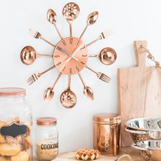 Wall clock with cutlery in copper-colored metal D 38 cm COPPER SOLNA Source by innaschmidt Kitchen Clocks, Kitchen Decor, Kitchen Extension Open Plan, Home Interior Design, Interior Decorating, Copper Interior, Cute Kitchen, Copper Kitchen, Kitchen Fixtures