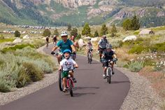 Mammoth Lakes Trail System | Family Biking the Town Loop California Places To Visit, Mammoth Lakes, Mountain Bike Trails, Bike Parking, Pine Forest, Weekend Getaways, Explore, Collie, Mtb