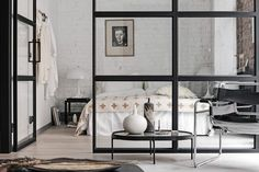 A beautiful, New York loft-inspired apartment, with exposed brick walls, tall, lofty ceilings and Crittall style windows New Yorker Stil, New Yorker Loft, Bedroom Loft, Bedroom Decor, Modern Bedroom, Loft Stil, Crittall, Beton Design, Exposed Brick Walls