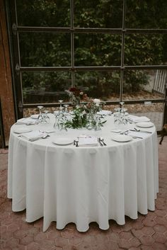 Perfect tablecloth for your Wedding. White will never fail you as it will match all color motif