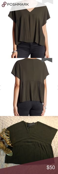 "🔥HP🔥 ROMEO & JULIET Pleated Sheer Blouse Sz S Olive. V-neck. Short sleeves. Pleated. Sheer. Approx. 21"" length. Sz S  ⚡️Fast Shipper⚡️ 💰15% Off 3+ Items💰 🍀Offers are Welcomed🍀 Romeo & Juliet Couture Tops Blouses"