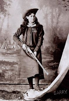 As a kid I used to love watching the Annie Oakley show.  Of course this is the real Annie Oakley.