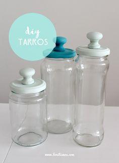 Me encantan las manualidades y diy con frascos de vidrio, éstos son muy versátiles y se adaptan a muchos usos. Podemos lograr diferentes efectos y decorar cualquier tipo de ambiente, incluso los es…