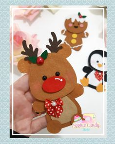 In this DIY tutorial, we will show you how to make Christmas decorations for your home. The video consists of 23 Christmas craft ideas. Diy Christmas Videos, Christmas Gifts For Kids, Christmas Activities, Felt Christmas, Simple Christmas, Christmas Projects, All Things Christmas, Felt Crafts, Diy And Crafts