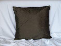 Originální designový polštářek Throw Pillows, Bed, Design, Cushions, Decorative Pillows, Decor Pillows, Beds, Design Comics, Bedding