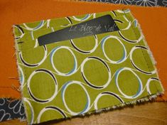 Tuto pochette porte-cartes - * * * Le Blog de ValèrIdées * * * Blog, Fabric, Step By Step, Sewing Tutorials, Purses, Patterns, Sewing For Beginners, Tutorial Sewing, Handbag Tutorial