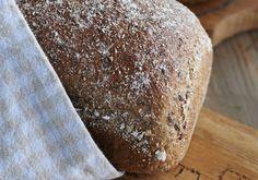 LAVKARBO-FAVORITT: Inger Kløkstads lavkarbobrød er supersunt, mettende og glutenfritt. Bak det i dag! Foto: Bjørgli & Bergersen