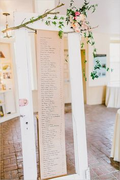 How pretty is this scrolling seating chart display?