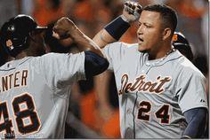 Jonrones de Cabrera y Martínez guiaron la victoria de los Tigres de Detroit - http://www.leanoticias.com/2014/05/14/jonrones-de-cabrera-y-martinez-guiaron-la-victoria-de-los-tigres-de-detroit/